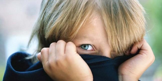 Utangaç sandığınız çocuğunuz aslında…
